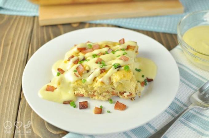 keto eggs benedict casserole