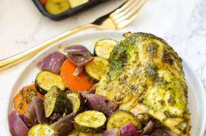 pesto chicken and vegetables